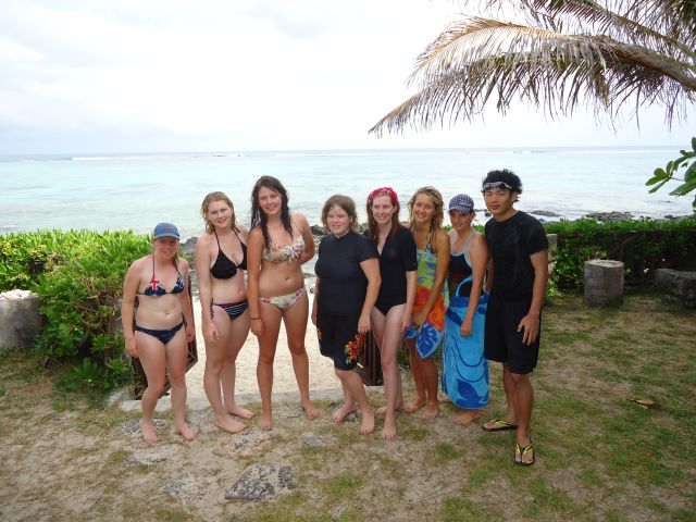 Volunteer-Group-January-2012-South-Coast-Mauritius